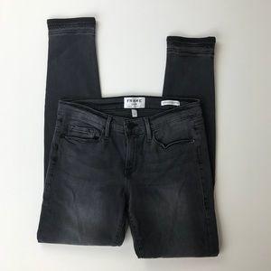 Frame Le Skinny de Jeanne Crop Jeans in Parker