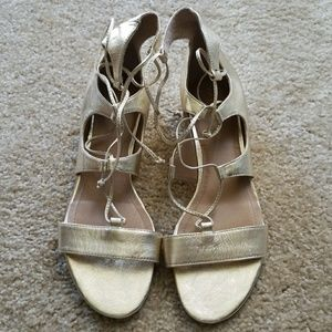 BRAND NEW TAHARI GOLD LACE UP CAMDEN SANDALS  9M