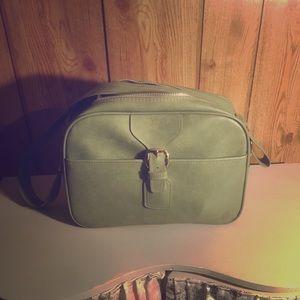Handbags - Vintage green traveler/messenger bag
