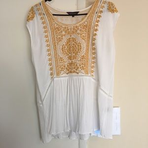 Ranna Gill (Anthropologie) embroidered top, size 6