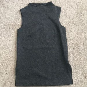 Gray Sleeveless Open Turtleneck Size XS