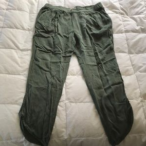 Green jogger style pants never worn