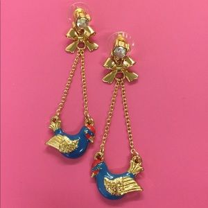 New Betsey Johnson blue gold bird unique earrings