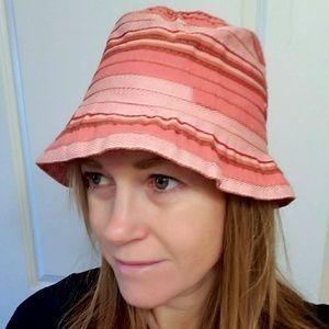 H&M Beach Bucket Hat