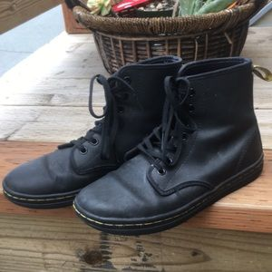 """Dr Martens """"Shoreditch"""" ankle boot"""