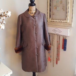 Classic brown vintage fox cuffed coat