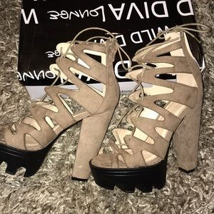 TAUPE heels - Box included