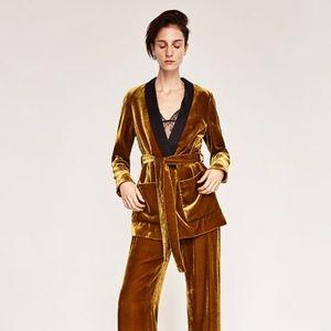 Zara gold velvet blazer with belt