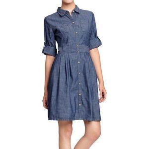 GAP•Roll Sleeve Chambray Shirt Dress