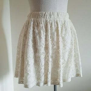 Off white lace skater skirt with elastic band