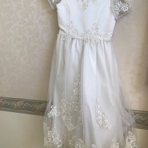 Other - Communion dress needs cleaning in great condition