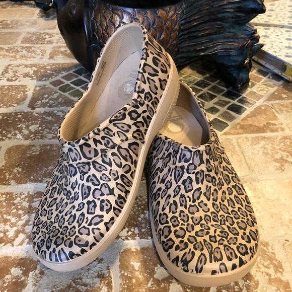 6920fef2b1e700 CROCS Shoes - Crocs On-The-Clock Work Slip-Ons