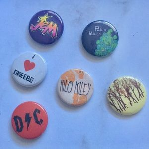 """Jewelry - 00's Indie Rock Emo .75"""" pin collection"""