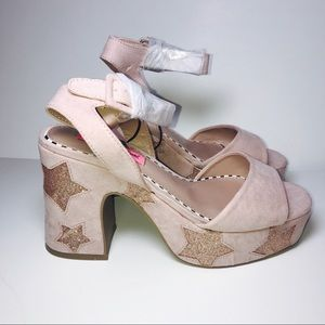 Betsey Johnson Claude Pink Gold Sparkly Star Heels