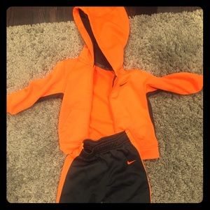 Other - Nike Dri-Fit track suit