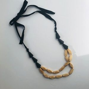 LOFT tied wooden bead necklace black/natural