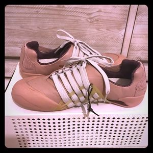 🔥Alexander McQueen x Puma Sneaker