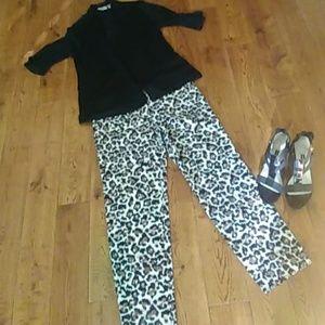 Ann Taylor Loft animal print pants sz 4 new