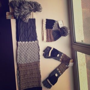 Stitch design Steve Madden hat scarf and gloves