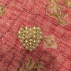 Vintage heart 💜 pin