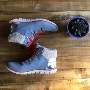*Women's ZERØGRAND Waterproof Hiker Boot*