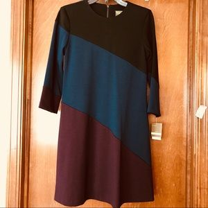 Taylor Dress 3/4 Sleeve with Pockets Size 4 New