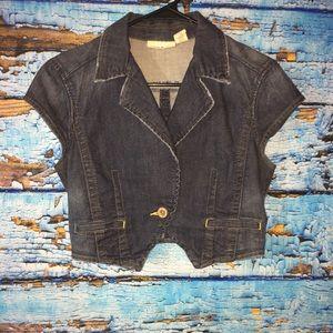 DKNY denim jacket small short sleeve