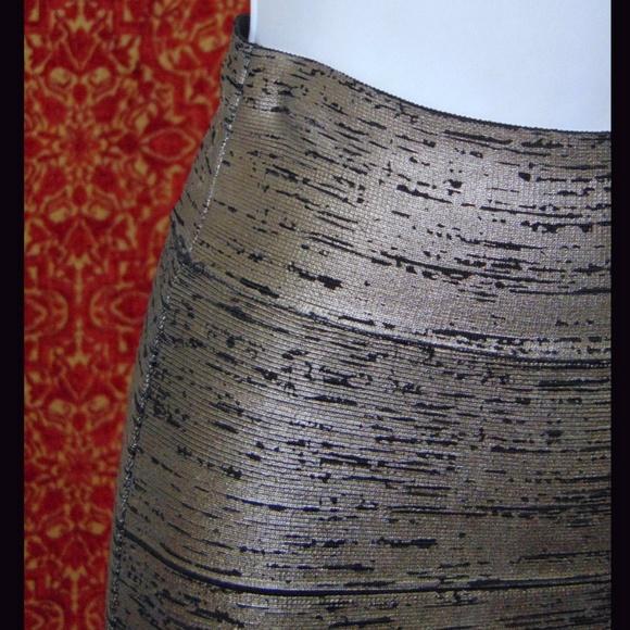 BCBGMaxAzria Skirts - BCBGMAXAZRIA gunmetal band aid skirt XS