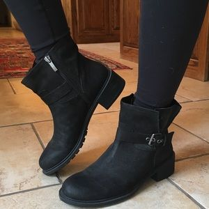 Banana Republic black booties