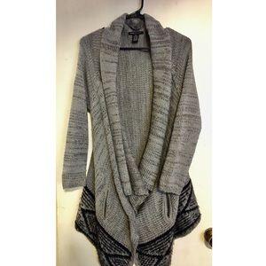 🌫🌬🌫Cute&Comfy BCBGMAXAZRIA Knit Gray Sweater Md