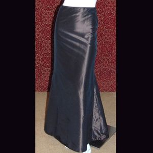 CARMEN ARC VALVO long fish tail straight skirt 2