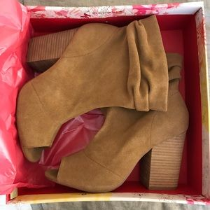 NEW Chinese Laundry Break Up Booties