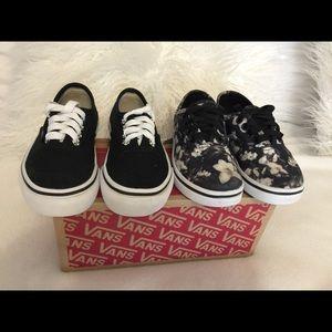 2 pairs Vans shoes