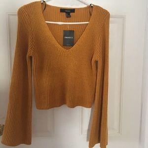 Tops - Sale 🎉 Women's crop sweater