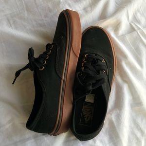 Black low vans