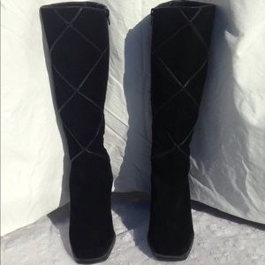 Sudini Diamond Design Suede Boots