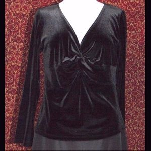 MAGDALENA black velvet long sleeve blouse B: 42""