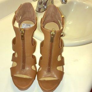Jessica Simpson heels *Never been worn*