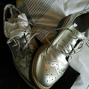 H&M oxfords shoes