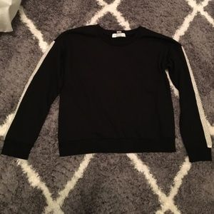 forever 21 black sweatshirt