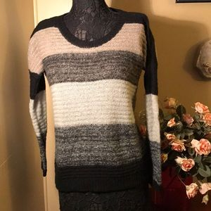 Beautiful 20% mohair sweater. Made in Italy.