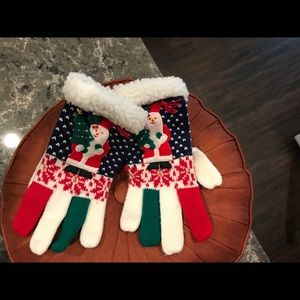 Who needs Santa Gloves to go w/ Christmas sweater?
