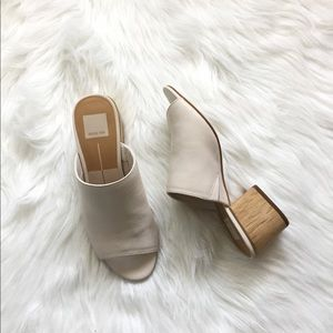 New Dolce Vita Shena Ivory leather mule sandal 7
