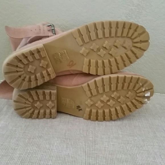Dolce Vita Sandals Dolce Vita Tinlie Pewter Sandal. These