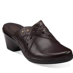 CCO☘️ Brown Clarks Slip on Leather Shoe