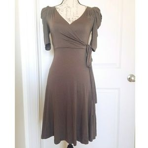 Soprano Grey V-neck Dress with Elbow Sleeves