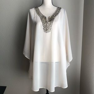 FOREVER 21 Cover Up / Tunic in Size Medium