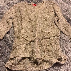 Elbow length sweater