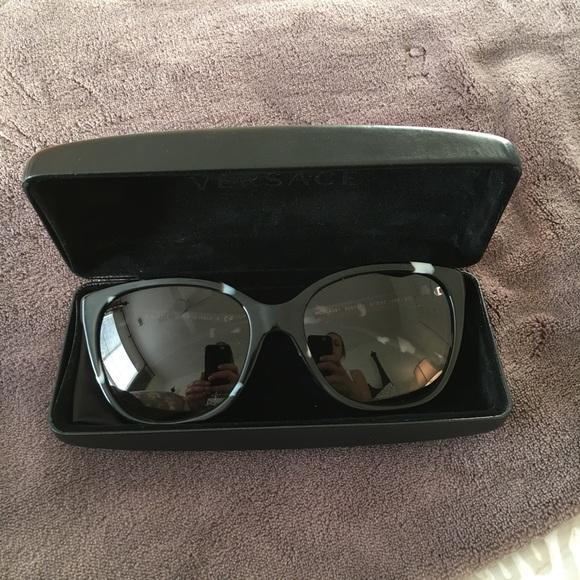 f6ca56fc9c03 Versace sunglasses black. M 5a1345866802788bb90ebead
