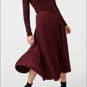 ISO Club Monaco annina pleated midi skirt size 8